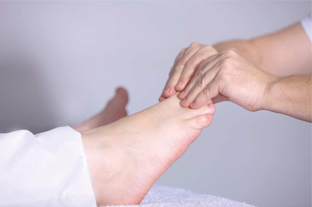 rub, toes, relax, refresh, reflexology, massage, foot, pain, best, wokingham